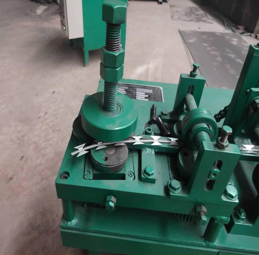 Razor Wire Machine, Anping Pengming Hardware Mesh Co., Ltd.